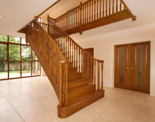 Pear Stairs - Compton Curved Staircase (108)