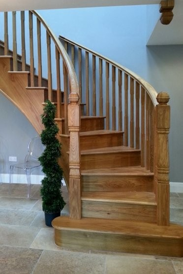 Pear Stairs - Duck Farm Curved Staircase (339)