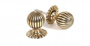 ANVIL - Aged Brass Flower Mortice Knob Set