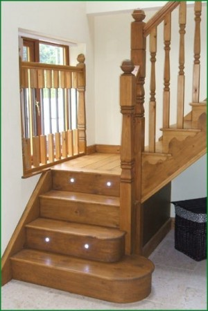 Pear Stairs - Berriew Provincial Softwood Staircase (17)
