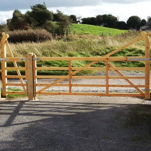 DENBIGH TIMBER - The Barmouth - 5 Bar Entrance Gates