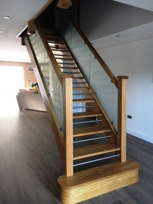 Pear Stairs - Button Straight Staircase (727)