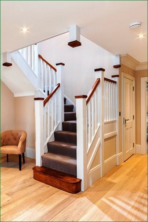 Pear Stairs - The Chiltern Staircase (495)