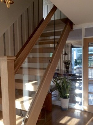 Pear Stairs - Cox Open Riser Straight Staircase (402)