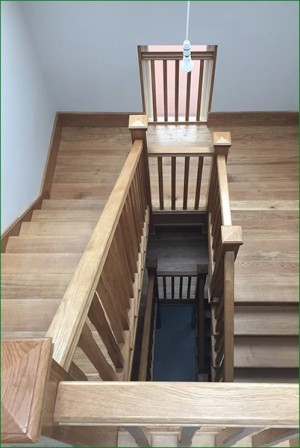Pear Stairs - Crowthorne Staircase (513)