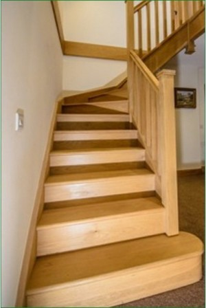 Pear Stairs - Davey Staircase (376)