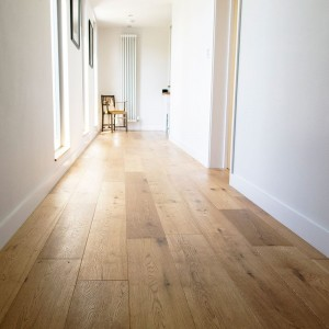 FLOORING - V4 EC103 EIGER OAK BRUSHED & OILED 1.805m2  _EC103