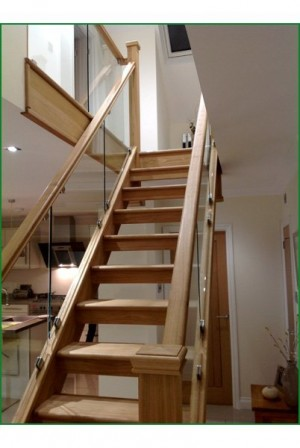 Pear Stairs - Hunters Barn Glass Straight Staircase (415)
