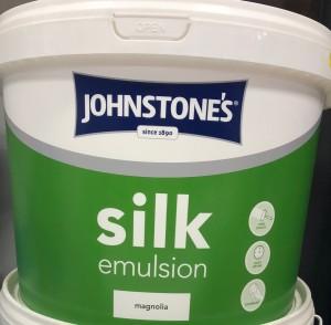 Johnstones Silk Emulsion 10L Magnolia