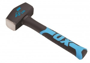 OX TOOLS - OX Trade Fibreglass Handle Club Hammer -2.5 lb  HILOXT081302