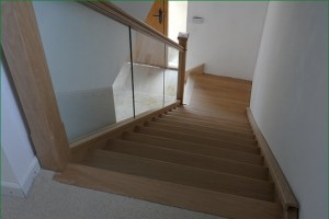Pear Stairs - Painswick Staircase (556)