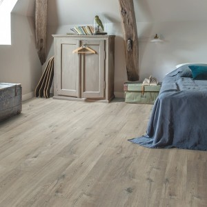 QUICK STEP VINYL FLOORING (LVT) Cotton Oak Grey Saw Cuts  PUCL40106