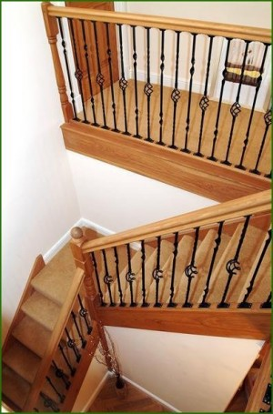 Pear Stairs - Quarter Landing Oak and Metal Staircase (21)