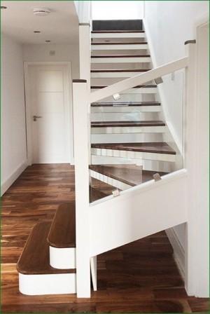 Pear Stairs - Quinn Staircase (479)