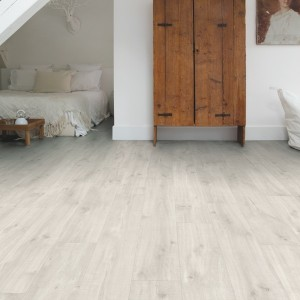 QUICK STEP VINYL FLOORING (LVT) Canyon Oak Light Saw Cuts  RBACP40128
