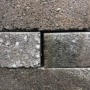 TARMAC 65mm SOLID 10.5N DENSE COURSING BRICKS    [TAR65SOLCB]