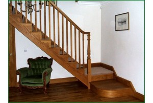 Pear Stairs - Worthen Cut String Staircase (60)