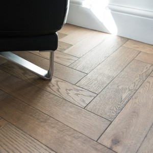 FLOORING - V4 ZB101 ZIGZAG BLOCK FROZEN UMBER UV OIL